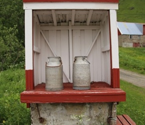Milkchurns near Unstad