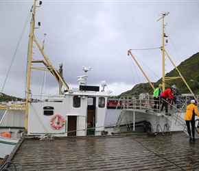 Loading the ferry at Ballstad