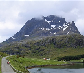 Malc and Carel towards Straumsnes,  Lofoten
