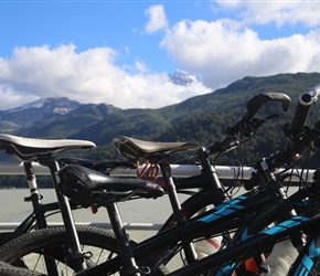 Cyles and mountains at Puerto Frias
