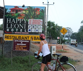 Carel finds the Happy Leoni Hotel