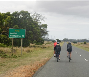 Shery, Rob and Lynne head south along the R316 to Arniston