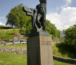 Inolfs Arnarson staue at Ekleres. Ingólfr Arnarson is commonly recognized as one of the first permanent Norse settlers of Iceland