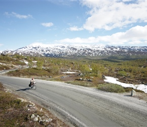 As the weather was so good, we decided to go in and back along the old road known as Gamle Strynefjellsveg