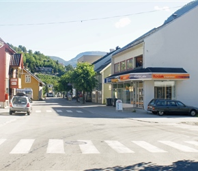 Sogndal is a town, so where are all the people? This is common in Norway