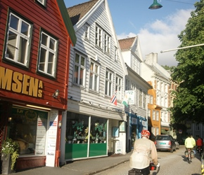 Terry cycling through the streets of Bergen on the way to Montana