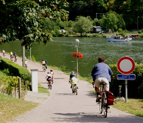 James descends to the River Meuse Cycleway